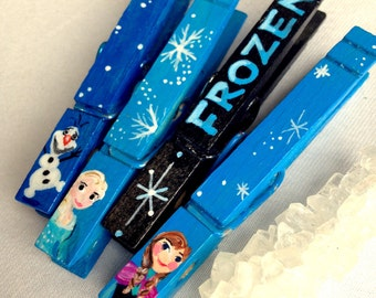 FROZEN CLOTHESPIN hand painted magnetic clothespin set Elsa Anna Olaf party favor