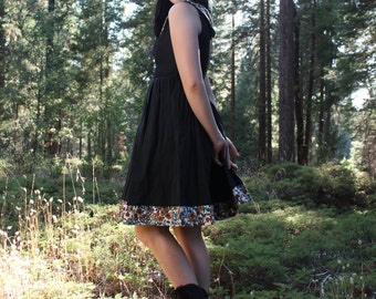 SMOKY MOUNTAIN Vintage Day Dress Black Cotton and Floral Linnen Sundress Cotton Small