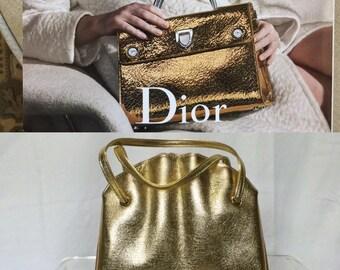 Mid Century Gold Lame' Clam Shell Design Handbag - Circa 1960s