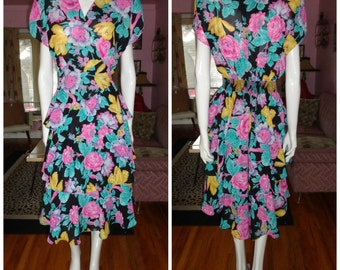 1980's does 40's Dress Beautiful Colorful Floral Crepe Poly Ruffled Day Dress Tiered  Skirt Dynasty Noir Vixen Rockabilly VlV