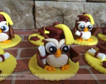 EDIBLE (Fondant Toppers) - Wise Owl Graduation