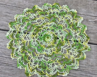 Green Variegated Vintage Hand Crocheted Doily, 9 inch Doily, Doily for Decor or Crafts, Dream Catcher Doily