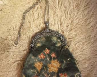 60s Tapestry Carpetbag Antique Style  Carpetbags of America