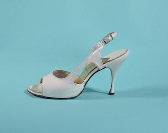 Vintage 1950s White Wedding Shoes - Peep Toe Stiletto High Heel - Bridal Fashions Size 6