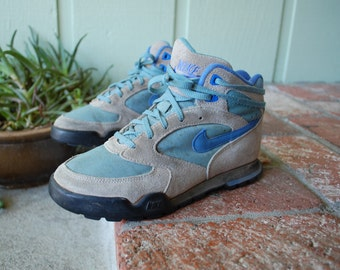 Vintage Womens 6 Nike 80s 90s Lace Up Sneakers Sport Shoes Blue and Grey Basketball Hiking Hiker Biker Rider Hipster High tops Student Fall