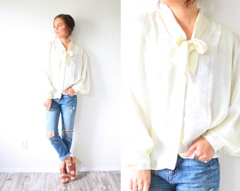 Vintage cream bow necktie long sleeve blouse // silk feel off white blouse // boho cream blouse top // ivory blouse fancy top // sheer top