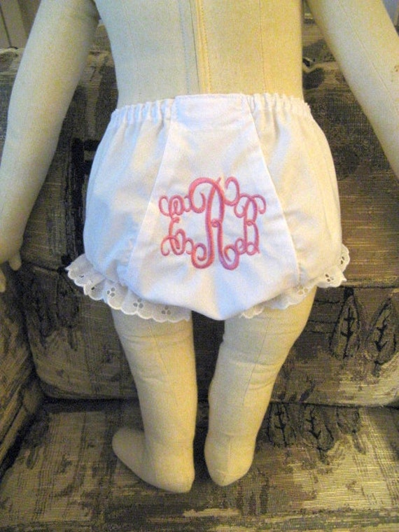 Intertwining pendant font monogrammed bloomer by babydudsboutique