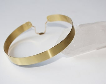 90's Style Thin Gold Choker Necklace