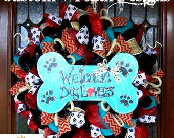 Welcome Dog Lovers Wreath