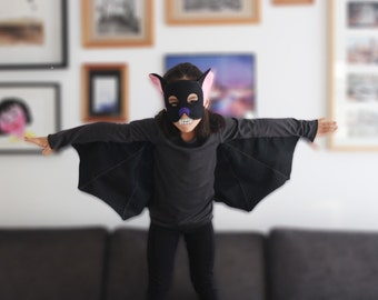 Bat halloween costume. T shirt and bat mask set. Sizes from 2 to 14 years. Made to order.