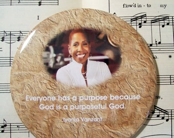 African American - Iyanla Vanzant -  Inspirational Speaker, Black History Magnet Large 3.50 Inches, Party Favor Magnets