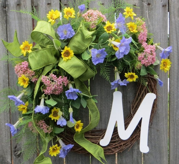 Wreath, Spring / Summer Wreath, Monogram Wreath, Doo Wreath, Spring Monogram Wreath, Pastel Colors Wreath with Bow, Designer Wreath