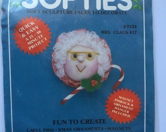 Vintage Mrs. Claus Softies Soft Sculpture Faces To Decorate Kit  ~ Do It Yourself Vintage Christmas Ornaments And Crafts ~ 1982