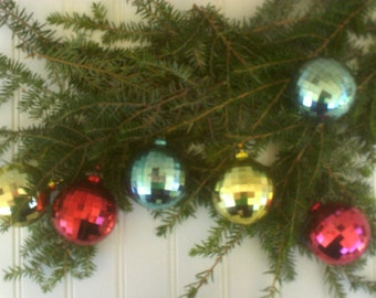 Vintage Plastic Disco Ball Christmas Ornament Set / Eames Era Christmas Balls