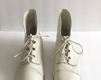 Vintage 90s Cream Ankle Boots