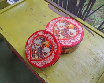 Tins, Storage Tin, Heart Tin, Cookie Tin, Candy Tin, Storage Box, Keepsake Box, Souvenir Tin, Red Tin, Vintage Cookie Tin, Vintage Tin