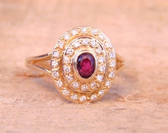 Vintage Ruby and Diamond 1.00 Carat Ring in 14K Yellow Gold