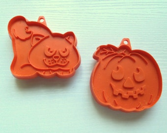 Vintage 1980s Halloween Hallmark Small Cookie Cutters - Set of Two