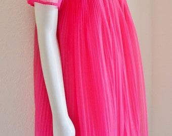 Vintage Peignoir Eyeful by The Flaums Double Chiffon Set Fuschia Pink