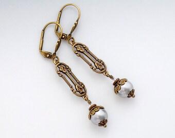 Grey Swarovski Crystal Pearls, Grey Victorian Earrings, Grey Pearl Earrings Drop, Grey Bead Earrings Brass, Pearl Dangle Earrings, Cara