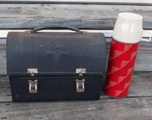 Vintage lunch box / old box / lunch pail / hinged lid / Patina / altered art / black  / repurpose / upcycle / Thermos / industrial