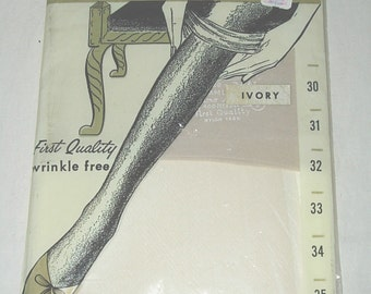 1 Pair Unused Vintage Stretchy size 9 Seamless Mesh Nylon Stockings Ivory Stretch Top Double Toe NOS -4
