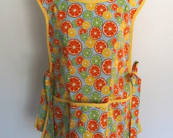 Cobbler Apron with Orange and Lemon Slices, Retro Over the Head Apron, Smock Apron, Full Coverage Apron, Citrus Grove Citrus Slices