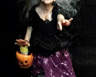 OOAK Miniature, Dollhouse Scale Hand-Sculpted Halloween Witch Art Doll Collectible