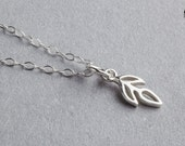 Tiny leaf twig vine necklace in Sterling Silver - Sprout necklace - Summer jewelry - Gift for her