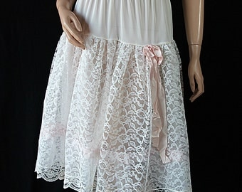 1950s Artel Petticoat White Lace Tulle Pink Ribbon Circle Skirt Rockabilly