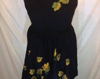 Vintage Black Sleeveless Dress with Flowers d3
