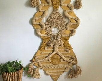 large Don Freedman geometric macrame wall hanging. woven 1970s Don Freedman tapestry. boho chic modernist Don Freedman macrame fiber art