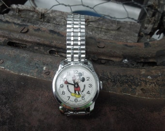 Vintage Mickey Mouse Disney Mechanical Wind-Up Wrist Watch Swiss Made 1960's