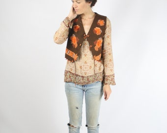 70s Boho Waistcoat, Needlework waistcoat w/ wooden beads, Bohemian layering Tapestry Brown Orange Vest, Medium 3587