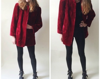 Reserved Sasson borgazia faux fur plush red jacket // coat // structured shoulders
