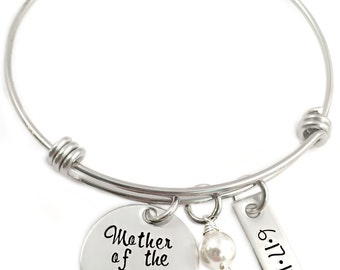 Personalized Mother of the Bride Gift - Engraved Bangle Bracelet - Mother in Law Bangle - Wedding Party Gift - Mother of the Groom - 1265