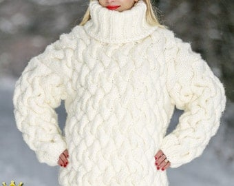 Bulky wool sweater, hand knitted pullover in ivory by SuperTanya