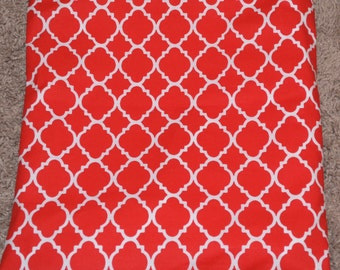 Red and White. Quatrefoil. Wet/Dry Bag or Swimsuit Bag and Eco-Friendly