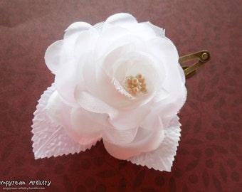 Wedding Hair Clip - White Flower Hair Clip - Handmade Hair Accessory - Wedding Inspired Hair Accessory - Bridesmaid Hair Piece