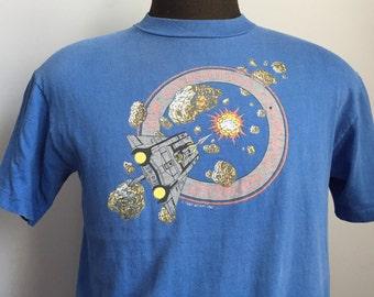 80s Vintage Asteroids 1981 Atari International Tournament video game T-Shirt - LARGE