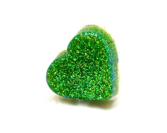 Green glitter heart ring, glitter resin ring, statement ring, novelty jewelry, cocktail ring, kawaii ring, Saint Patrick's Day jewelry