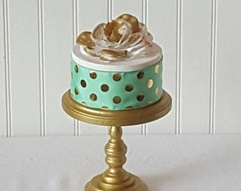 6 inch Cake Stand / Gold Cake Stand / Rustic Wood / Smash Cake / Photo Prop / 1st Birthday /Small Wedding cake / Baby shower cake stand