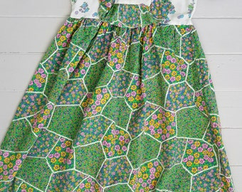 Girls Dress SIZE 8-10yrs Green Floral Peasant Vintage 1970's