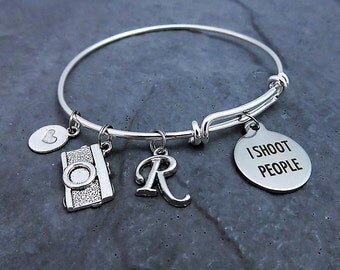 I Shoot People Charm Bracelet - Personalized - Photographer Jewelry - Gift for Her-  Expandable Bangle - Adjustable Charm Bracelet - Camera