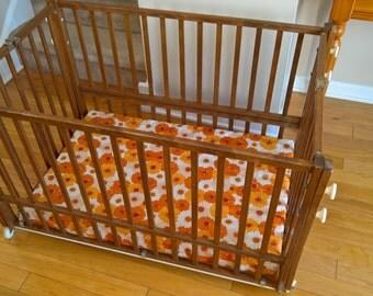 Vintage Wooden Folding Portable Baby Crib     Baby Shower Nursery Gift  Retro 1960u0027s 1970u0027s