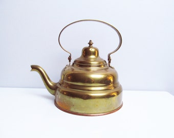 Vintage brass pot kettle teapot Water Pot, kitchen decoration, fireplace decoration, country rustic Height 9.9 in/25 cm