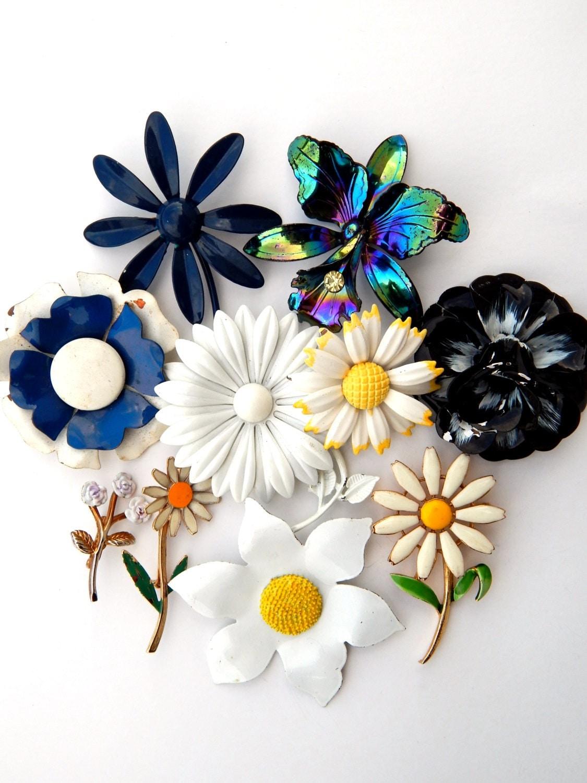Vintage Enamel Flower Pins 79