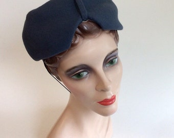 40s Blue Jeanne Tete Wool Hat / 1940s Vintage Pill Box Hat
