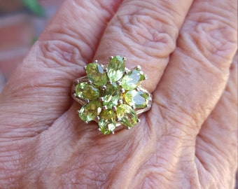 peridot ring size 9 1/4 1970's 4.25ct genuine natural peridot QUALITY SPARKLY GEMS estate vintage sterling ring