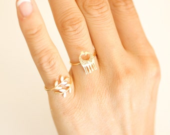 Giraffe Ring. adjustable ring. couple ring. heart ring. choose your color, gold, rose gold and silver. no19